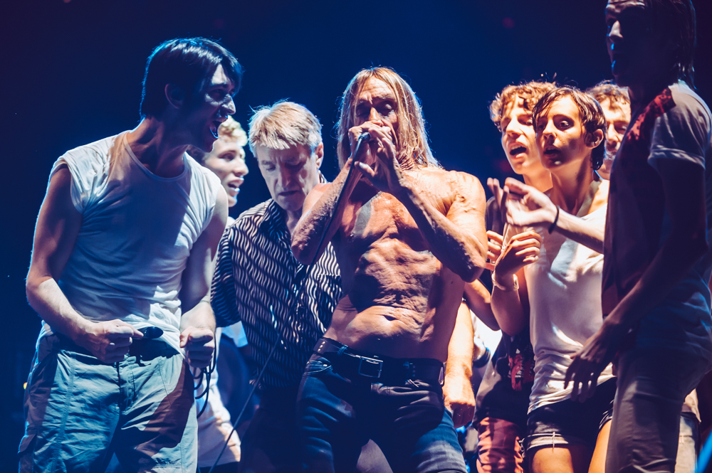 Iggy_Pop_and_The-Stooges_foto_concerto_Castello_Villafranca_Verona_27_07_2012_Iggy_Pop_and_The-Stooges_foto_concerto_Castello_Villafranca_Verona_27_07_2012__DSC3702