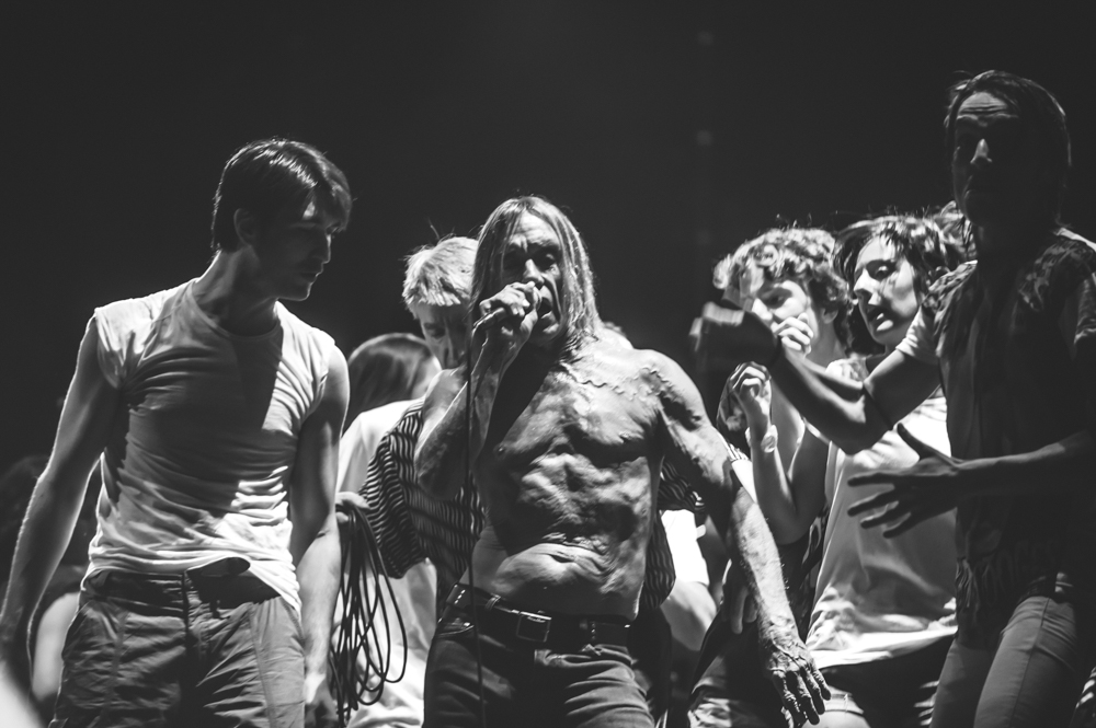 Iggy_Pop_and_The-Stooges_foto_concerto_Castello_Villafranca_Verona_27_07_2012_Iggy_Pop_and_The-Stooges_foto_concerto_Castello_Villafranca_Verona_27_07_2012__DSC3704