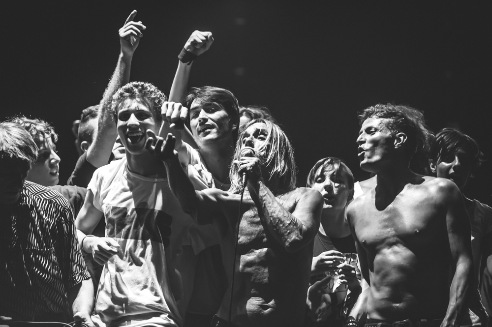 Iggy_Pop_and_The-Stooges_foto_concerto_Castello_Villafranca_Verona_27_07_2012_Iggy_Pop_and_The-Stooges_foto_concerto_Castello_Villafranca_Verona_27_07_2012__DSC3772